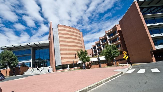 西悉尼大学教育专业