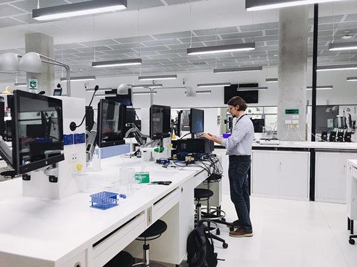 悉尼科技大学人文社科学院