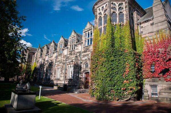 阿伯丁大学喜获2019苏格兰年度大学 这所认可高考成绩的大学有点牛