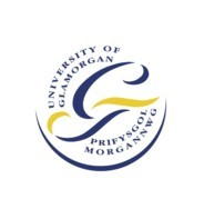 格拉摩根大学的校徽