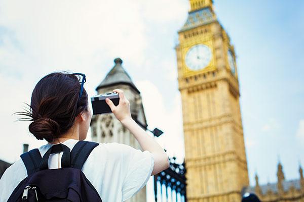 金融专业英国留学费用和英国留学的突出优势